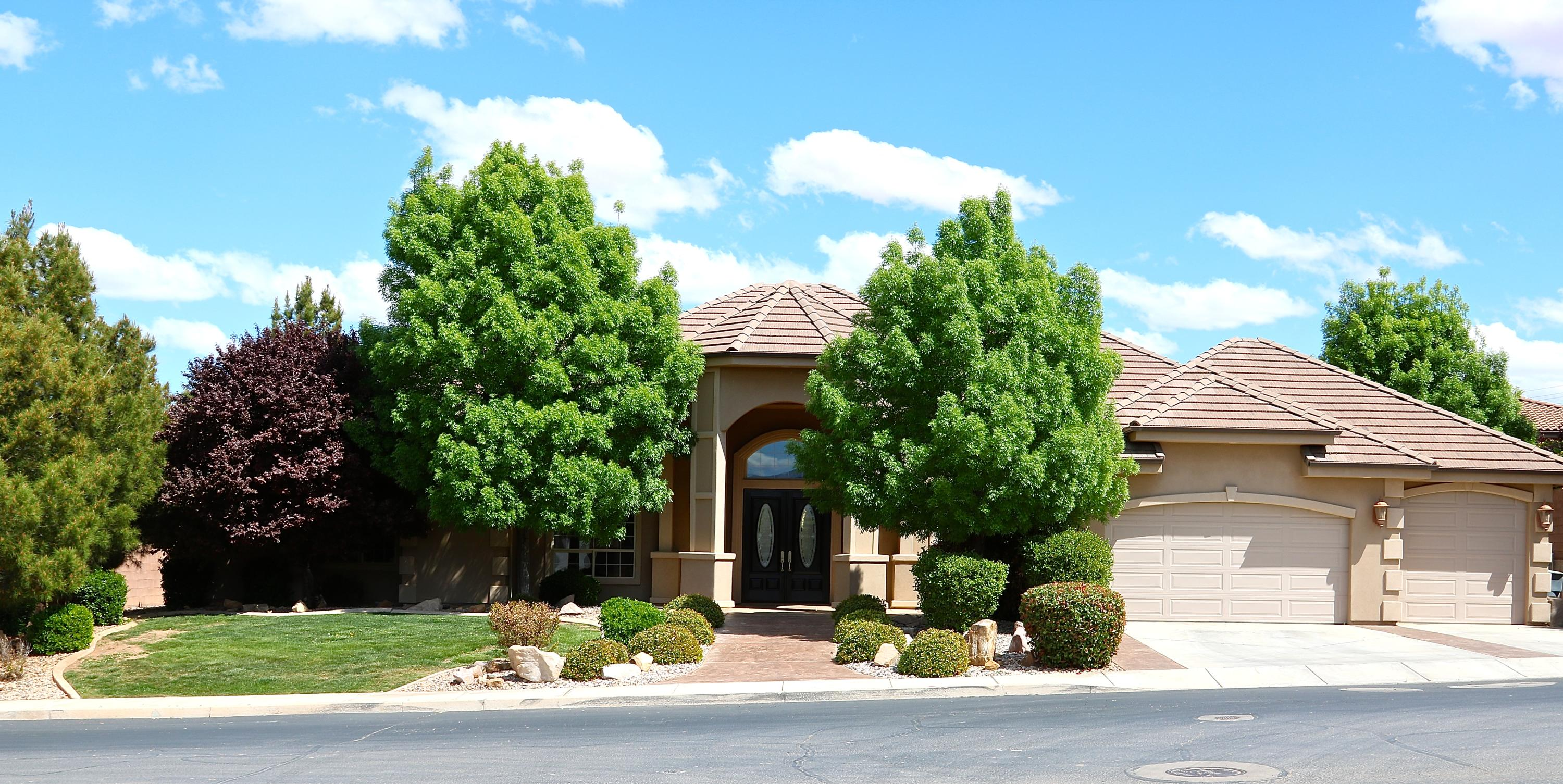 1369 S 2580  E, St George in Washington County, UT 84790 Home for Sale