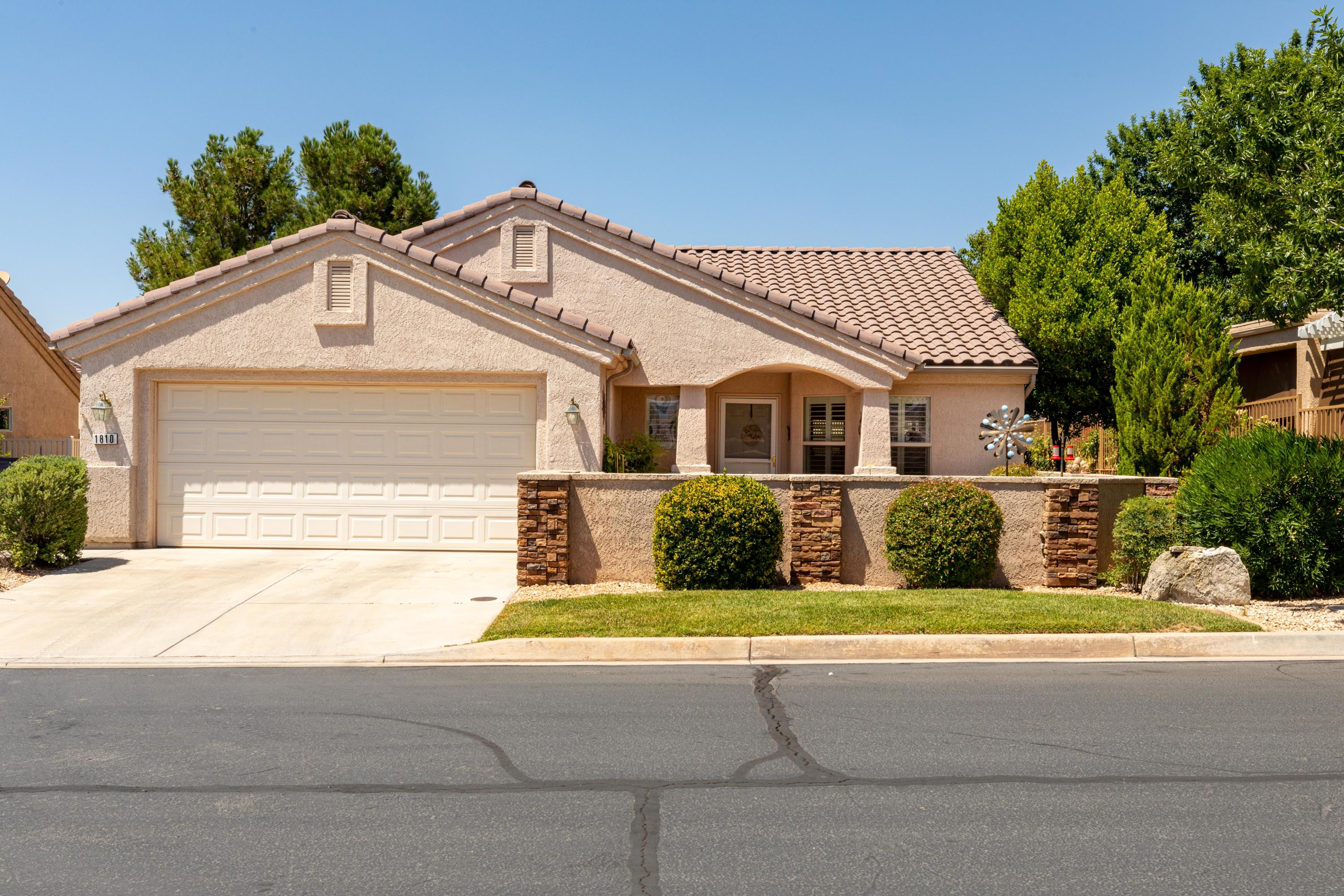 1810  Ash Springs   LN, St George in Washington County, UT 84790 Home for Sale