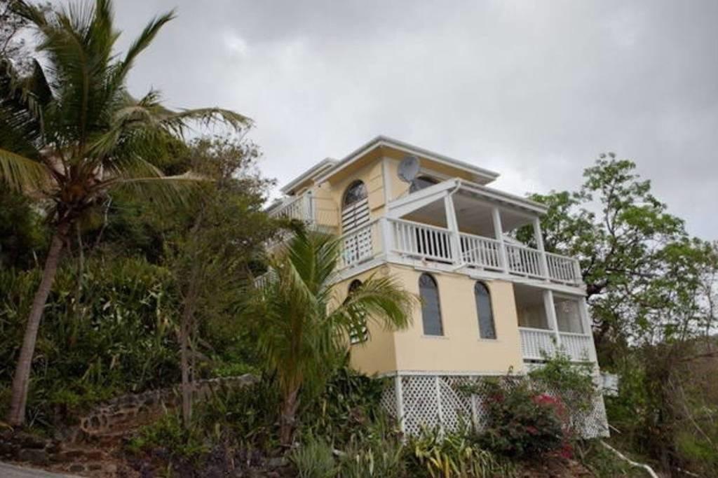 St John, Virgin Islands 00830, 2 Bedrooms Bedrooms, ,2 BathroomsBathrooms,Condo,For Sale,18-182