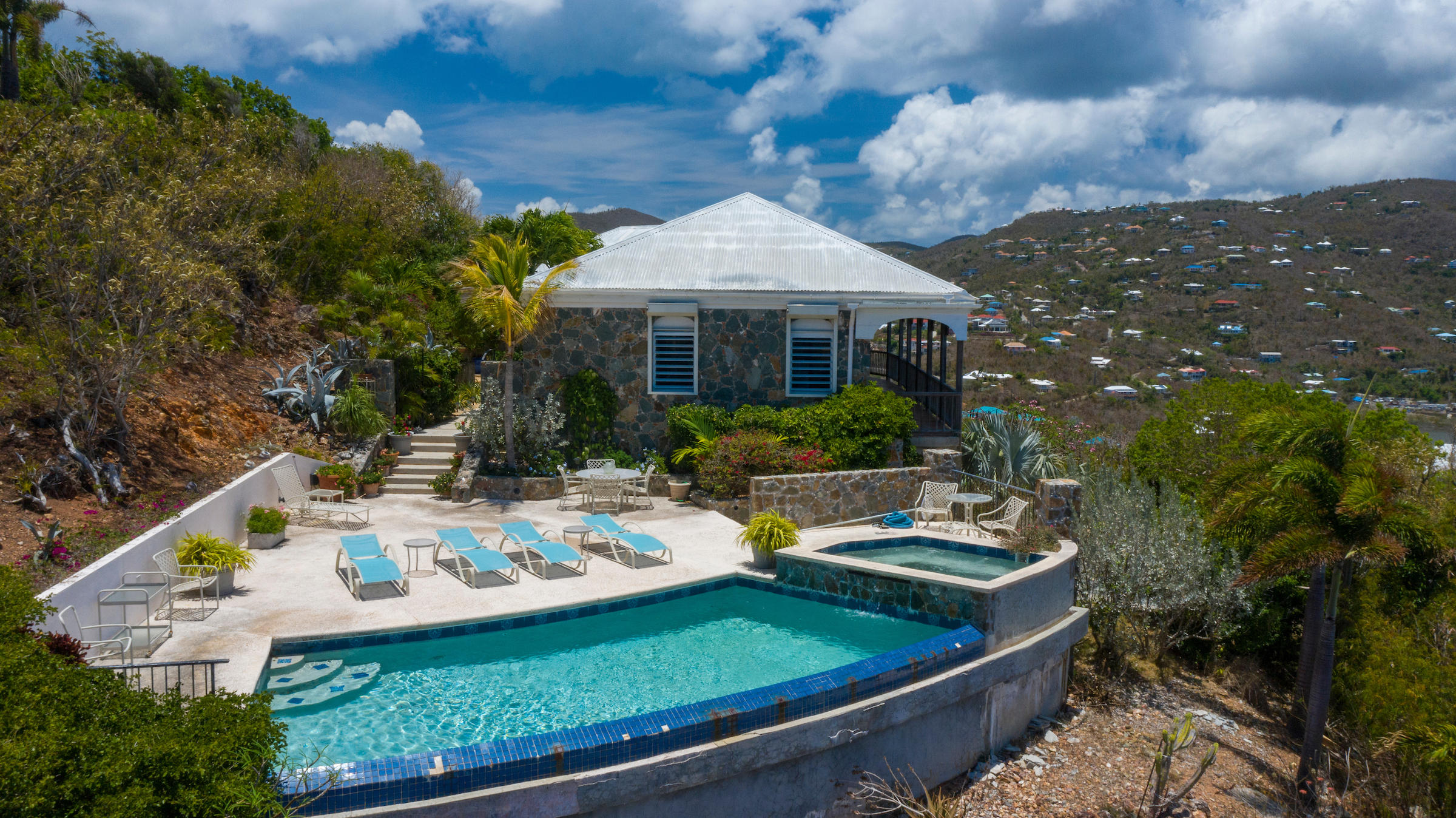 St John, Virgin Islands 00830, 2 Bedrooms Bedrooms, ,2 BathroomsBathrooms,Residential,For Sale,19-167