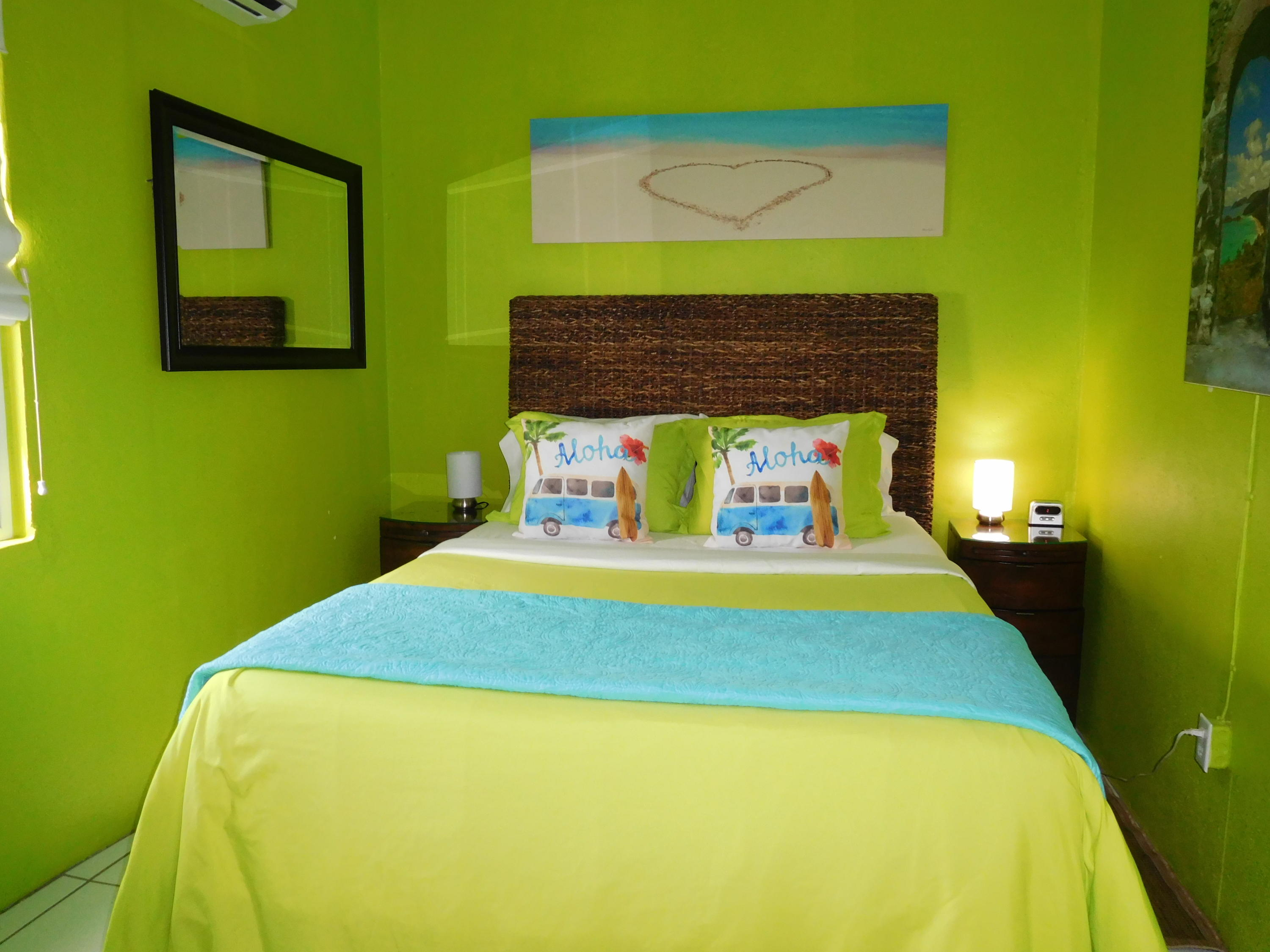 guest room - lime