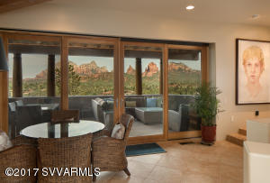 RED ROCK VIEWS MAIN LEVEL