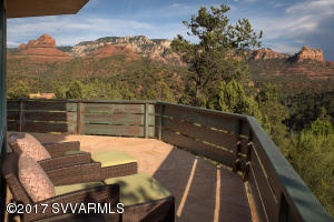 MONUMENTAL RED ROCK VIEWS OFF SIDE PATIO