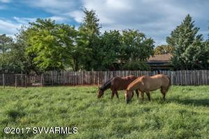 6.42 ACRE HORSE RANCH
