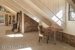 Upper Level Loft With Office Space
