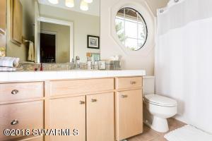 026_Bathroom