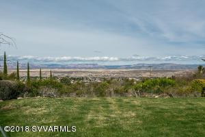 043_Backyard + Views