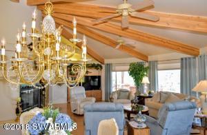 6450 N Thunder Ridge Livingroom 3