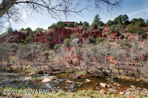 Red Rock Views on the Creek