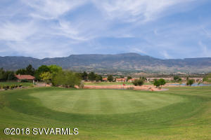 Golf Lovers Paradise Nearby