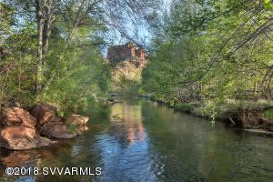 Sedona\'s Premier Waterfront Property