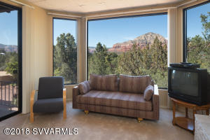 Lower level suite