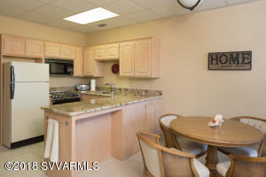 Lower level in-law suite