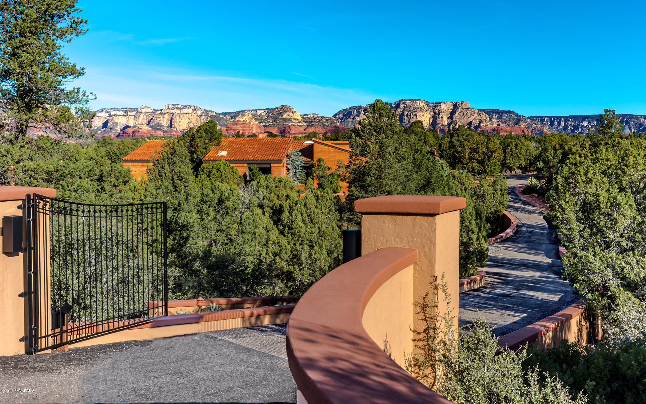 Photo of 160 Camino Del Caballo, Sedona, AZ 86336