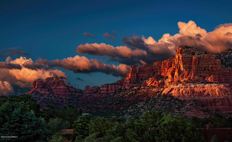 25  Rim Trail, Sedona, Arizona