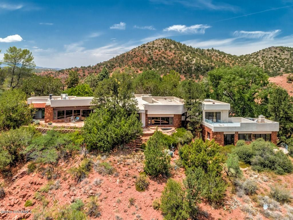 Photo of 200 Cayuse Tr, Sedona, AZ 86336