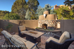 Outdoor Fireplace and Gas Fire-Pit