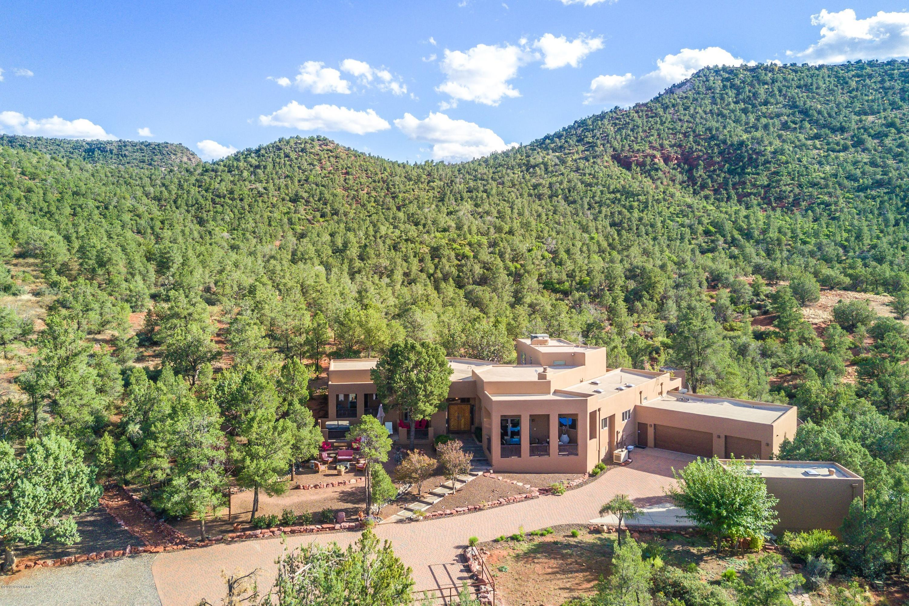Photo of 165 Pegasus Tr, Sedona, AZ 86351