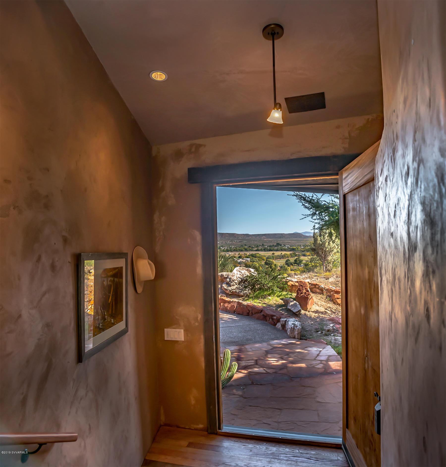 Photo of 180 N Merritt Ranch Rd, Cornville, AZ 86325