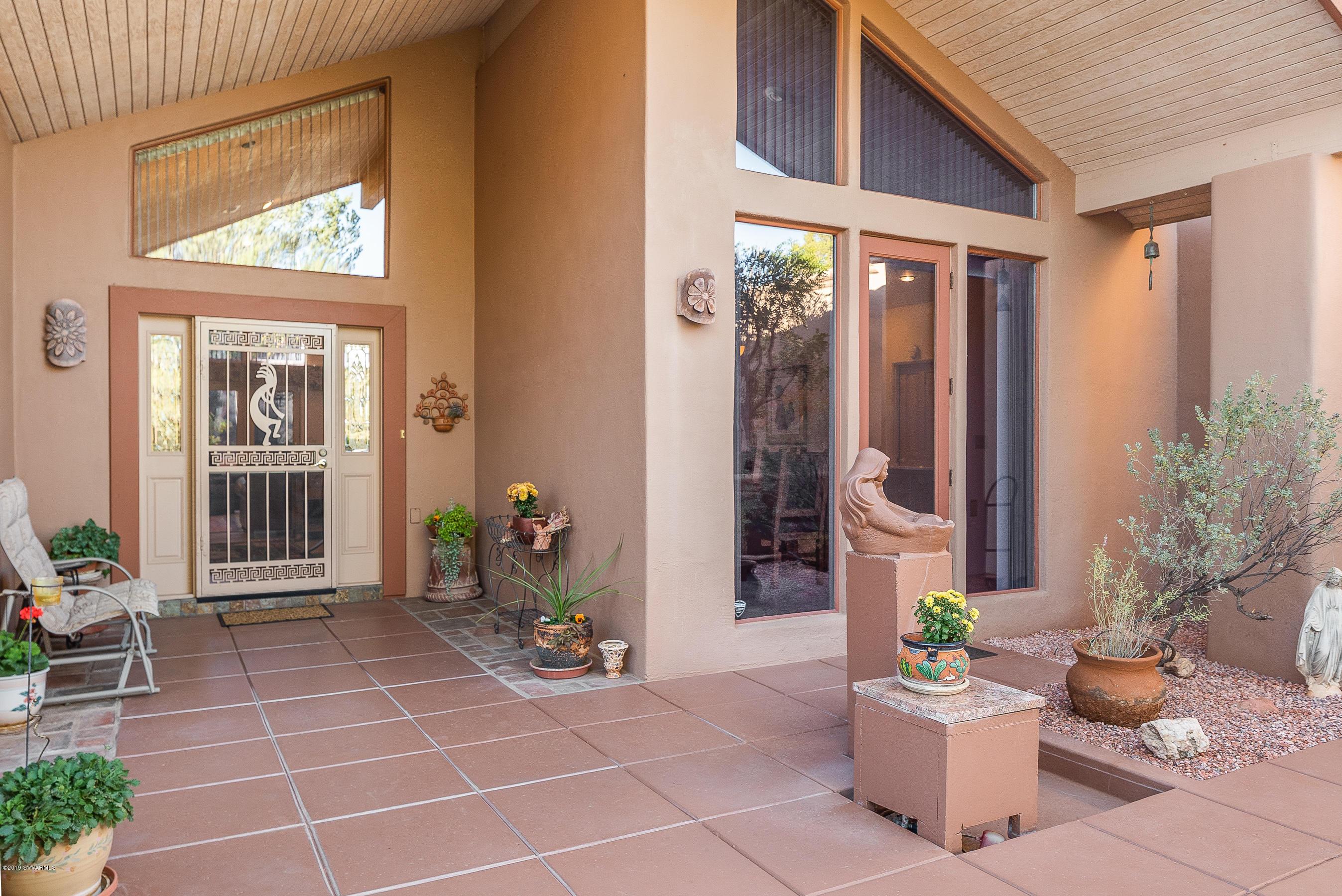 105  Blue Jay Drive, Sedona, Arizona