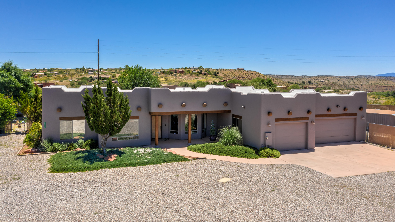 Photo of 10845 E Stingray Lane, Cornville, AZ 86325