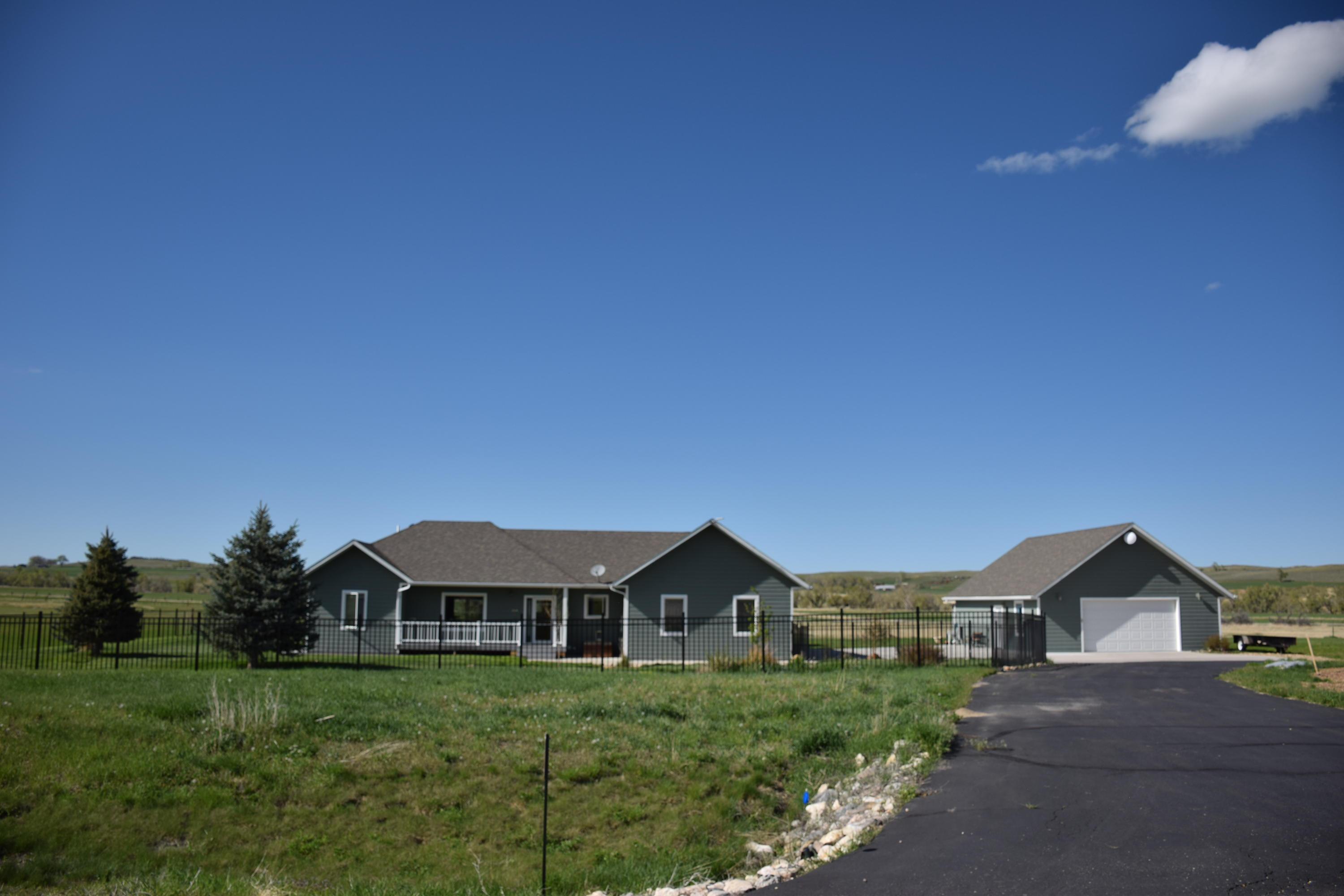9 Amber Drive, Buffalo, Wyoming 82834, 5 Bedrooms Bedrooms, ,3 BathroomsBathrooms,Residential,For Sale,Amber,18-517