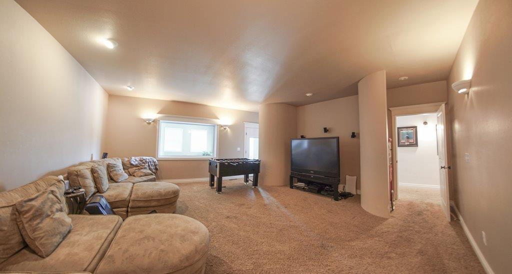 592 Pinnacle Drive, Buffalo, Wyoming 82834, 6 Bedrooms Bedrooms, ,4 BathroomsBathrooms,Residential,For Sale,Pinnacle,18-618