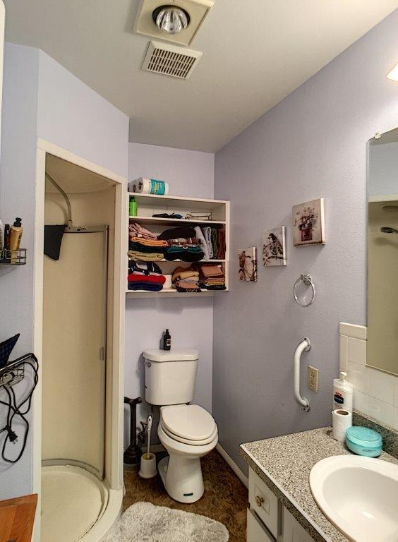 147 Burritt Avenue, Buffalo, Wyoming 82834, 5 Bedrooms Bedrooms, ,2.75 BathroomsBathrooms,Residential,For Sale,Burritt,18-740