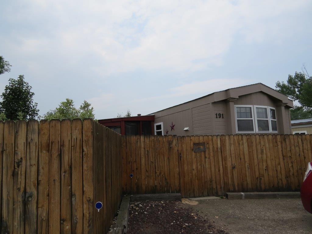 1511 Mydland Road, Sheridan, Wyoming 82801, 3 Bedrooms Bedrooms, ,2 BathroomsBathrooms,Residential,For Sale,Mydland,18-901