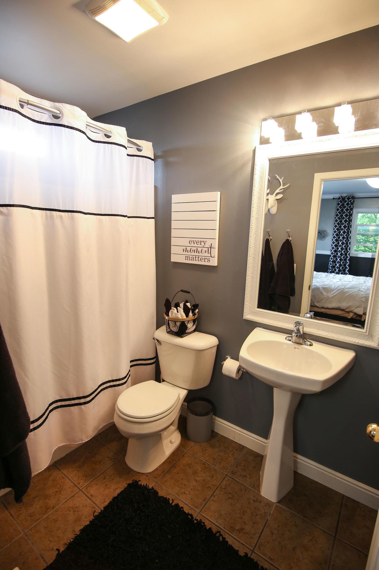 1689 North Heights Way, Sheridan, Wyoming 82801, 5 Bedrooms Bedrooms, ,3 BathroomsBathrooms,Residential,For Sale,North Heights,18-908