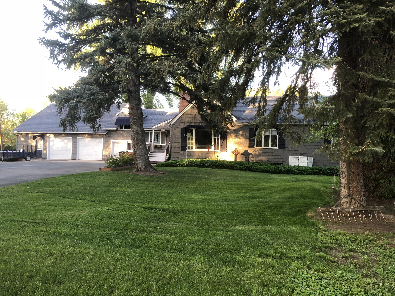 5539 Coffeen Avenue, Sheridan, Wyoming 82801, 5 Bedrooms Bedrooms, ,3 BathroomsBathrooms,Residential,For Sale,Coffeen,18-913