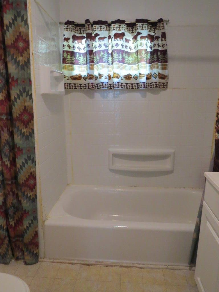 991 Works Street, Sheridan, Wyoming 82801, 1 Bedroom Bedrooms, ,1 BathroomBathrooms,Residential,For Sale,Works,18-992