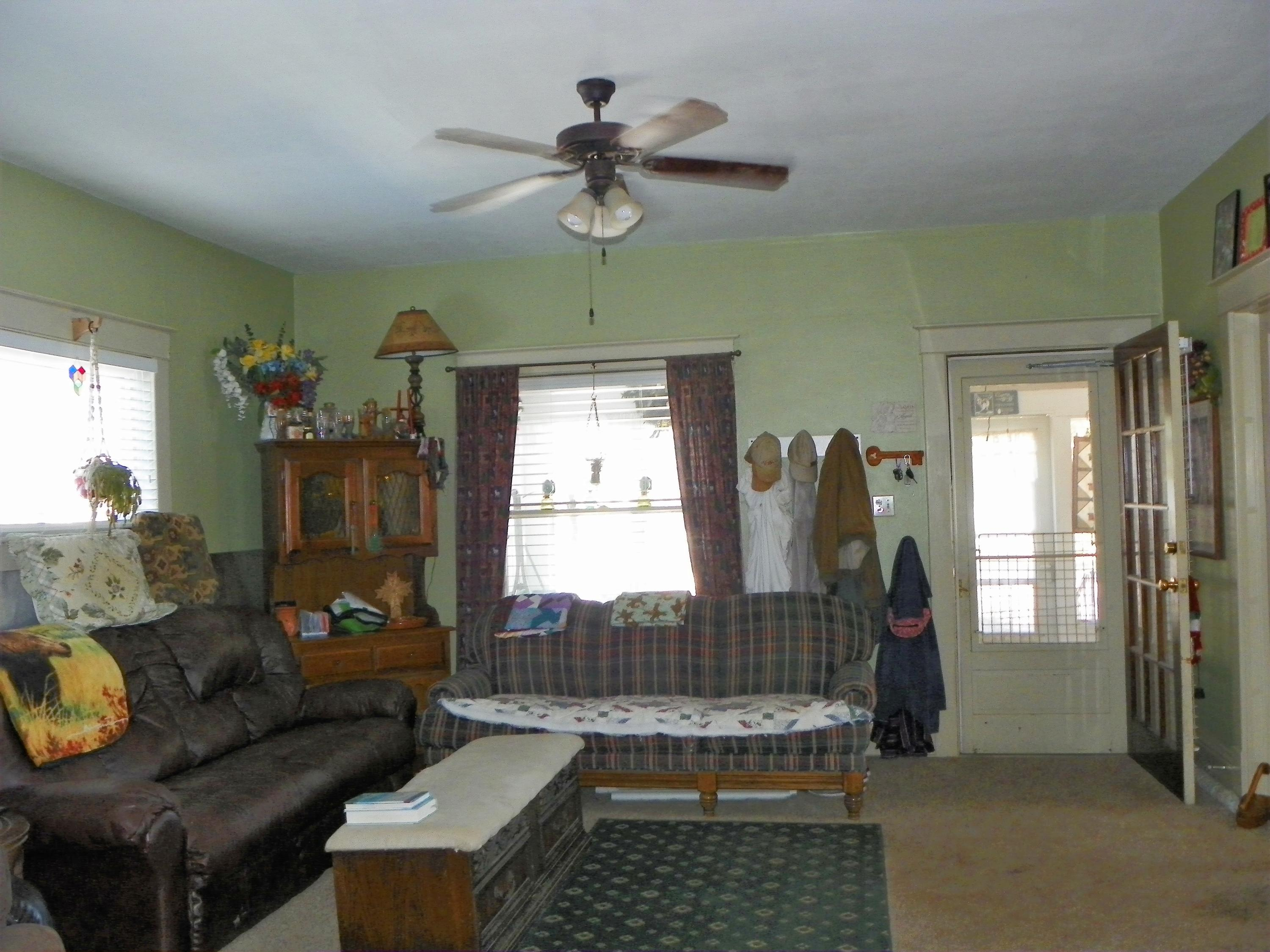 360 Smith Street, Sheridan, Wyoming 82801, 2 Bedrooms Bedrooms, ,2 BathroomsBathrooms,Residential,For Sale,Smith,18-1002