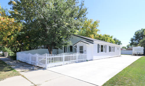 338 6th Street, Sheridan, Wyoming 82801, 2 Bedrooms Bedrooms, ,1 BathroomBathrooms,Residential,For Sale,6th,18-1005