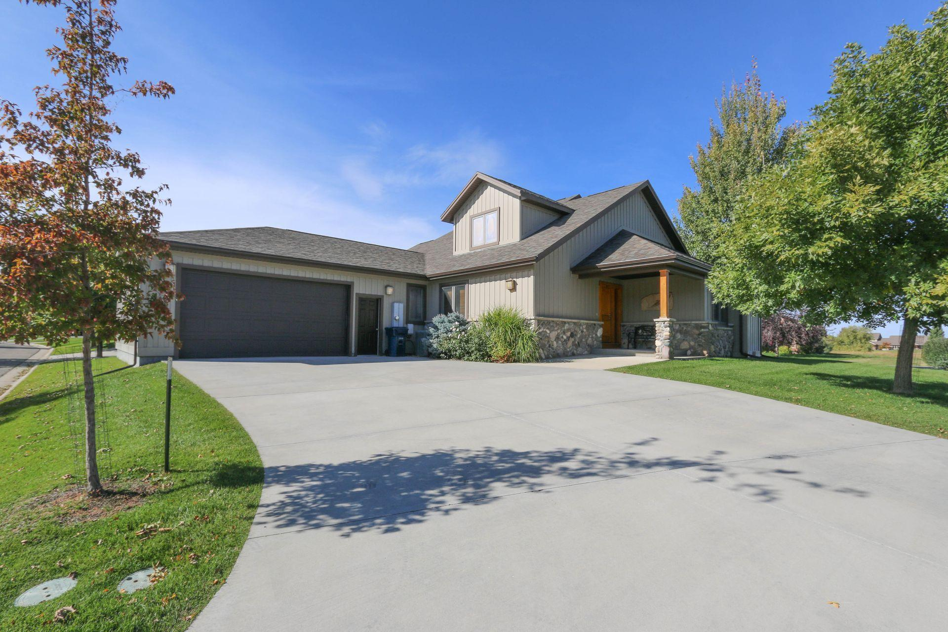 62 River Rock Road, Sheridan, Wyoming 82801, 3 Bedrooms Bedrooms, ,3 BathroomsBathrooms,Residential,For Sale,River Rock,18-1011