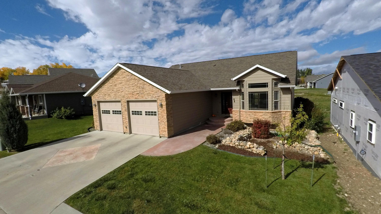 2429 Aspen Grove Drive, Sheridan, Wyoming 82801, 3 Bedrooms Bedrooms, ,3 BathroomsBathrooms,Residential,For Sale,Aspen Grove,18-1054