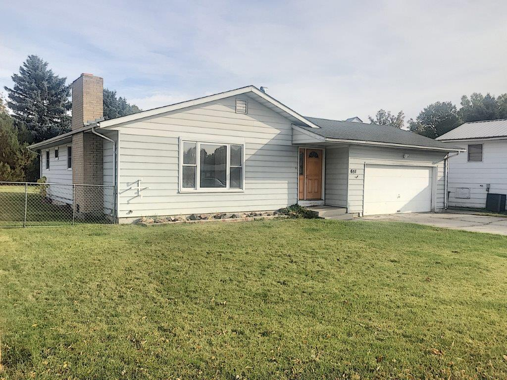 651 Betty Street, Ranchester, Wyoming 82839, 3 Bedrooms Bedrooms, ,2 BathroomsBathrooms,Residential,For Sale,Betty,18-1099
