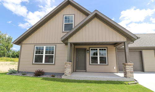 2013 Skyview West Drive, Sheridan, Wyoming 82801, 3 Bedrooms Bedrooms, ,2 BathroomsBathrooms,Residential,For Sale,Skyview West,18-1114