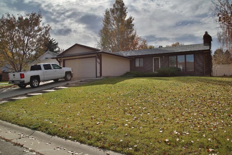 1808 Minuteman Court, Sheridan, Wyoming 82801, 3 Bedrooms Bedrooms, ,3 BathroomsBathrooms,Residential,For Sale,Minuteman,18-1123