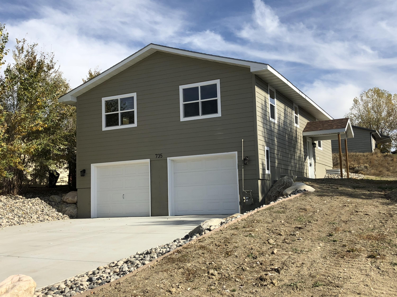 735 Frank Street, Sheridan, Wyoming 82801, 4 Bedrooms Bedrooms, ,2 BathroomsBathrooms,Residential,For Sale,Frank,18-1134