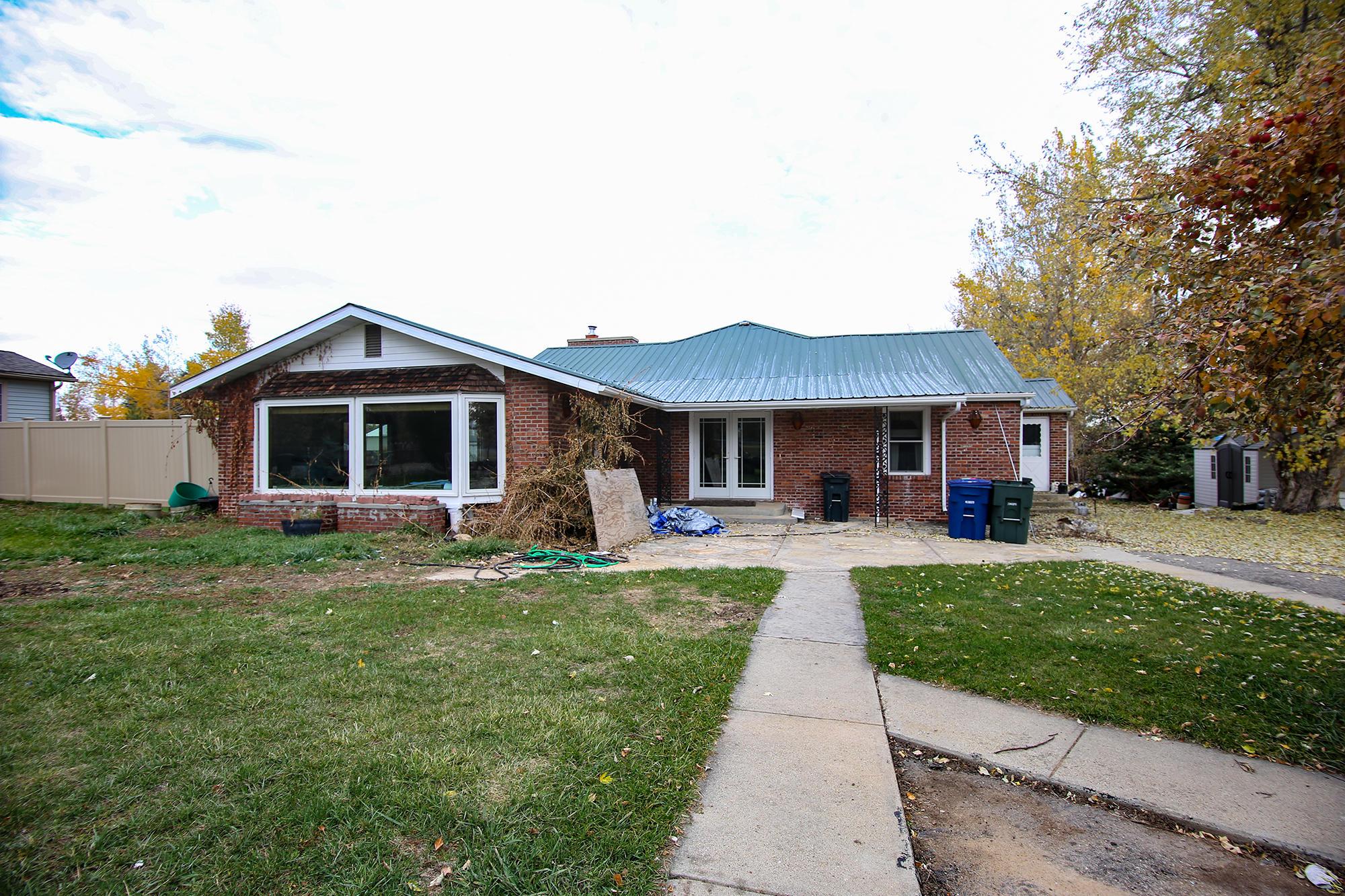 845 Absaraka Street, Sheridan, Wyoming 82801, 4 Bedrooms Bedrooms, ,3.5 BathroomsBathrooms,Residential,For Sale,Absaraka,18-1128