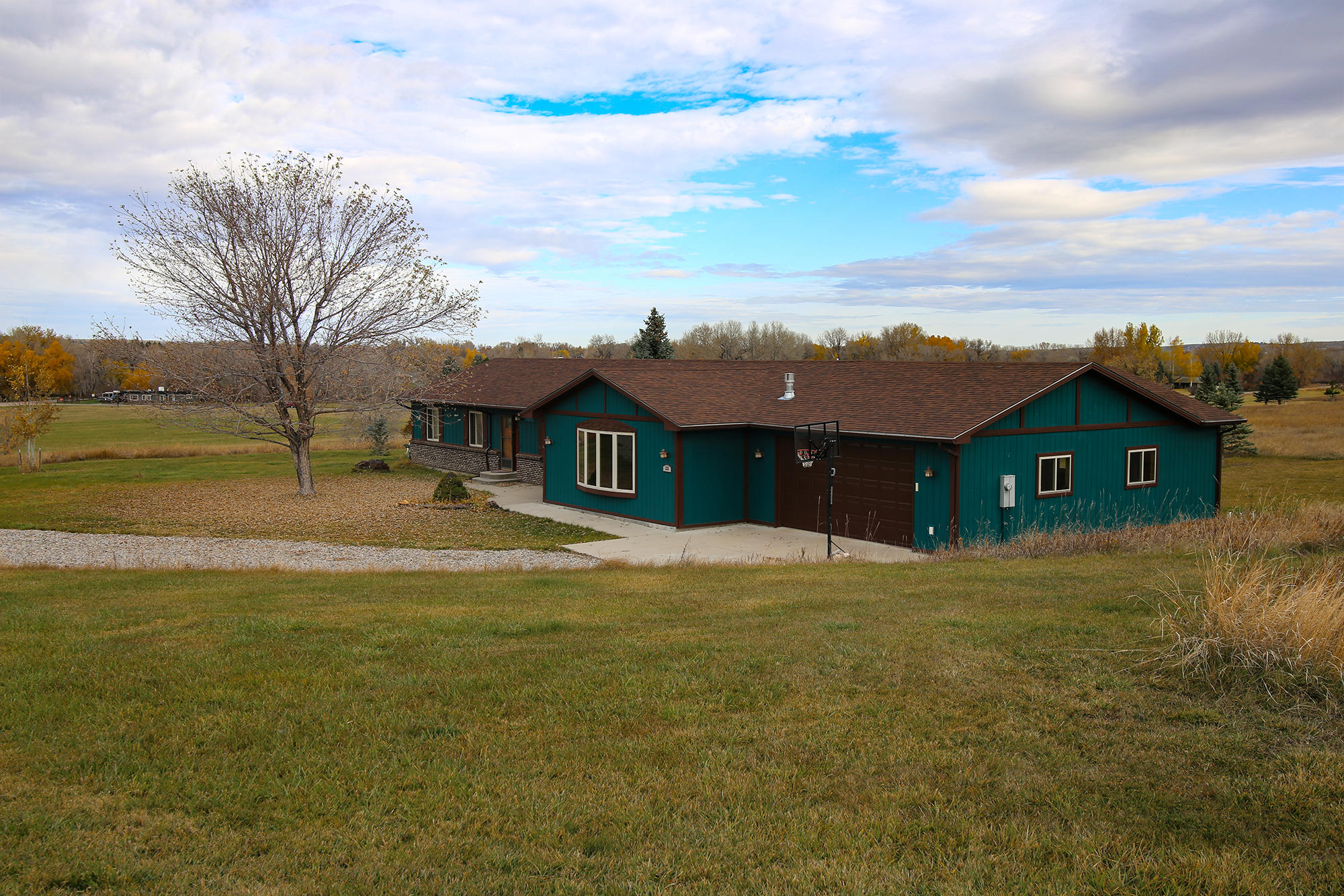 23 Harlequin Drive, Sheridan, Wyoming 82801, 3 Bedrooms Bedrooms, ,3 BathroomsBathrooms,Residential,For Sale,Harlequin,18-1133