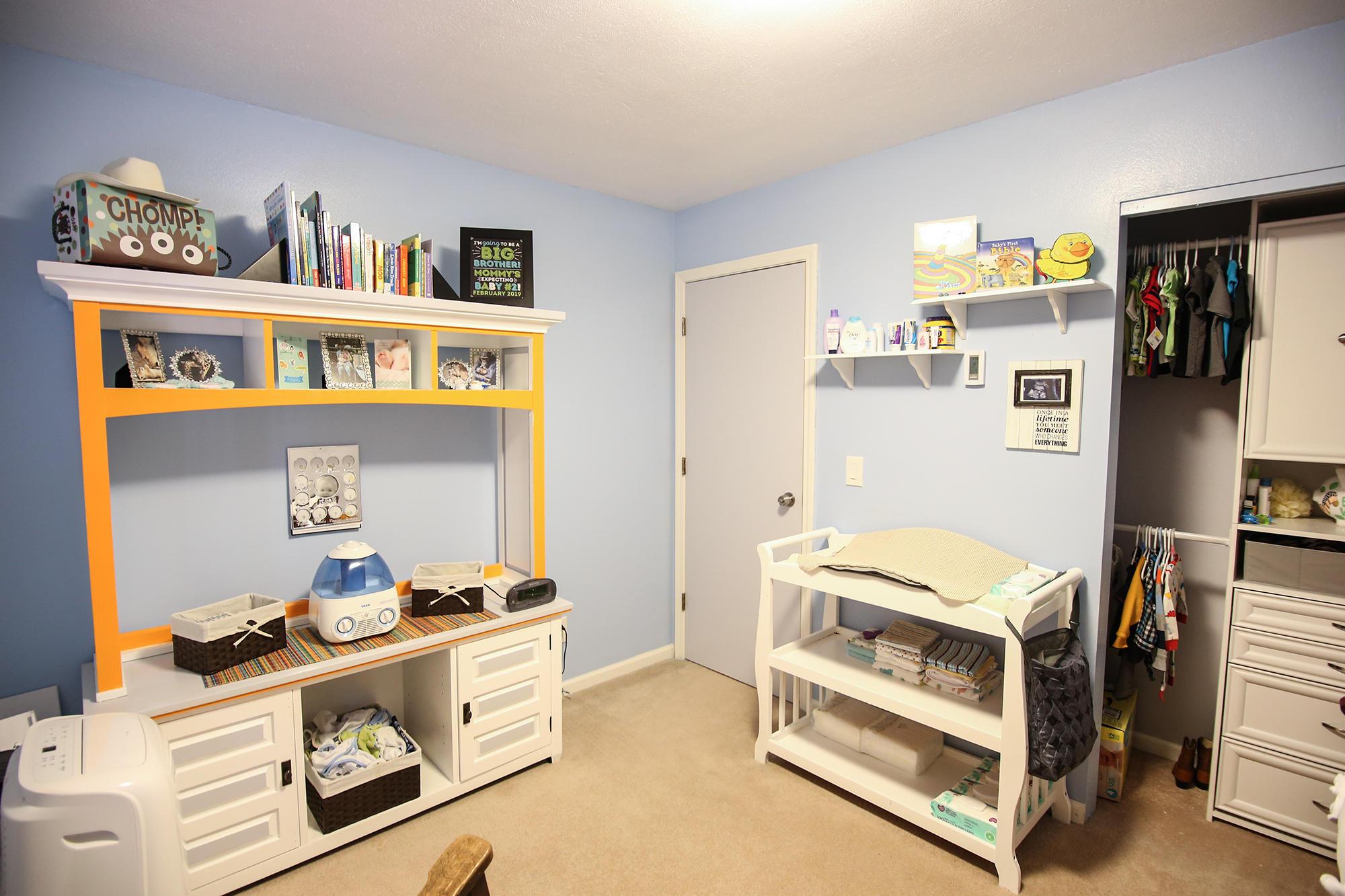 1327 Hillpond Drive, Sheridan, Wyoming 82801, 3 Bedrooms Bedrooms, ,2 BathroomsBathrooms,Residential,For Sale,Hillpond,18-1164