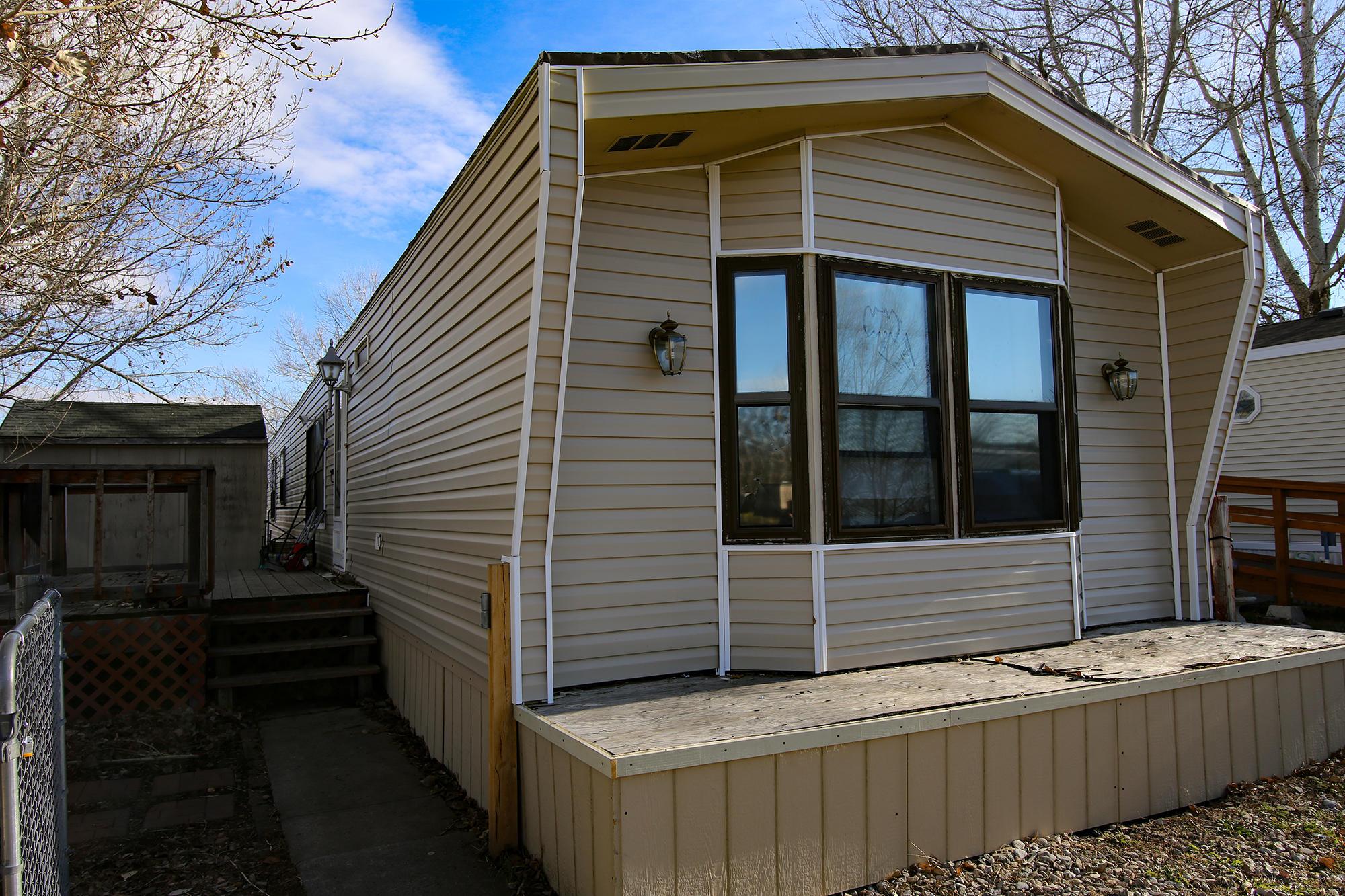 1511 Mydland Road, Sheridan, Wyoming 82801, 2 Bedrooms Bedrooms, ,2 BathroomsBathrooms,Residential,For Sale,Mydland,18-1199