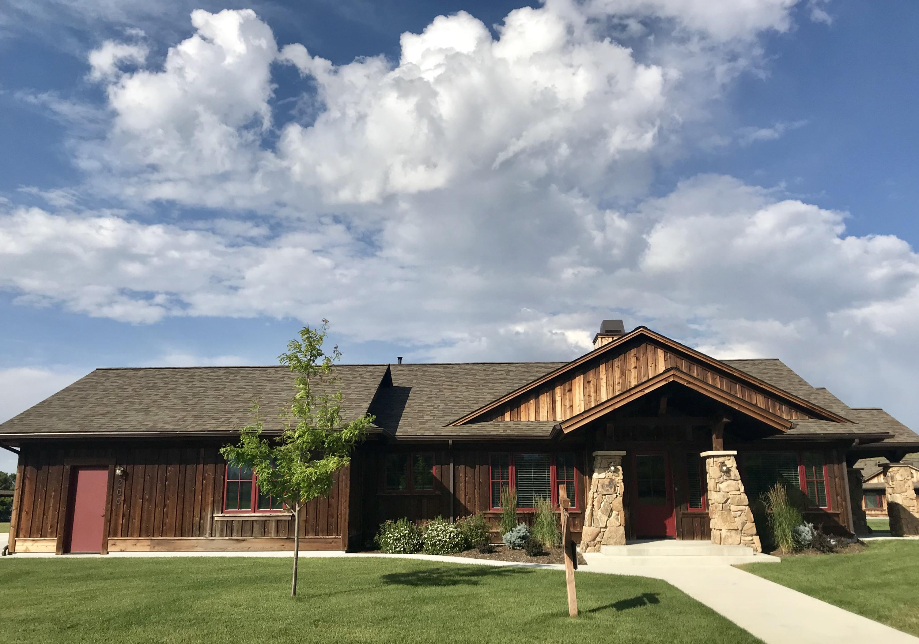 200 Concho Court, Sheridan, Wyoming 82801, 3 Bedrooms Bedrooms, ,3 BathroomsBathrooms,Residential,For Sale,Concho,16-330