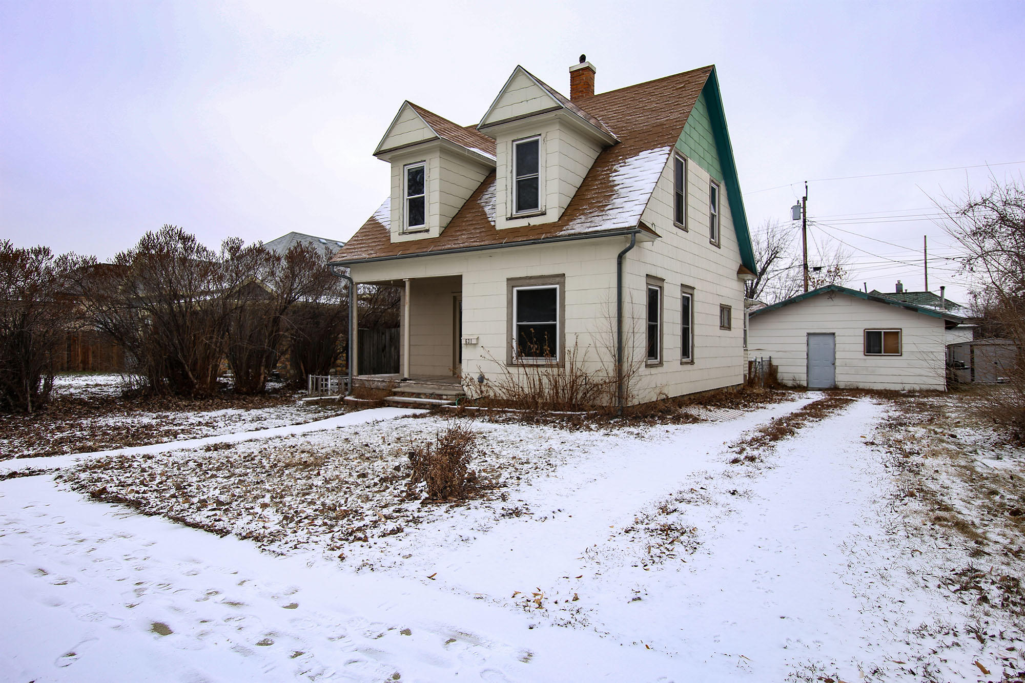 631 N Gould Street, Sheridan, Wyoming 82801, 2 Bedrooms Bedrooms, ,1 BathroomBathrooms,Residential,For Sale,Gould,19-5