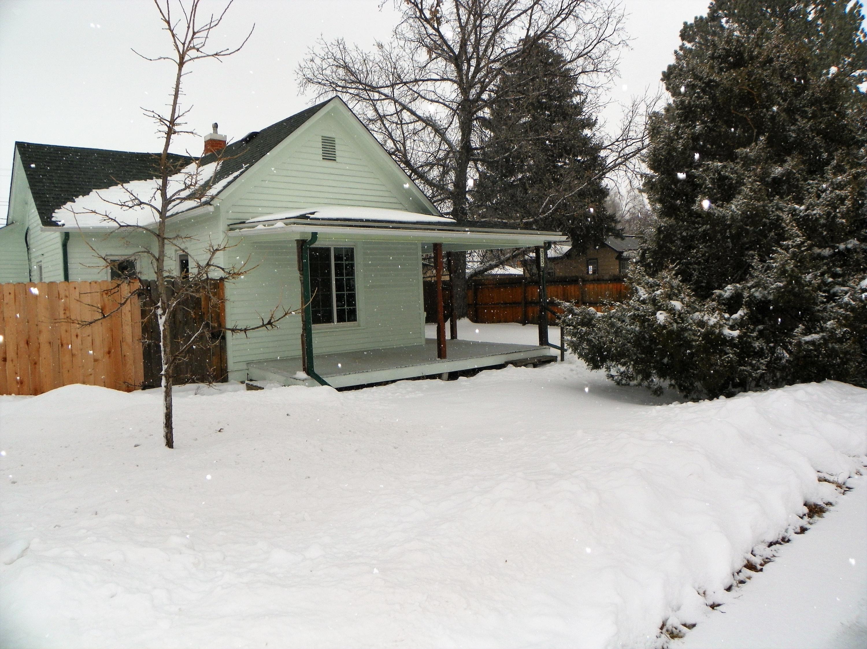 955 Illinois Street, Sheridan, Wyoming 82801, 2 Bedrooms Bedrooms, ,1 BathroomBathrooms,Residential,For Sale,Illinois,19-96