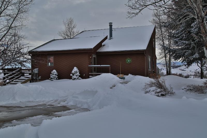 101 Red Fox Drive, Sheridan, Wyoming 82801, 4 Bedrooms Bedrooms, ,2 BathroomsBathrooms,Residential,For Sale,Red Fox,19-100
