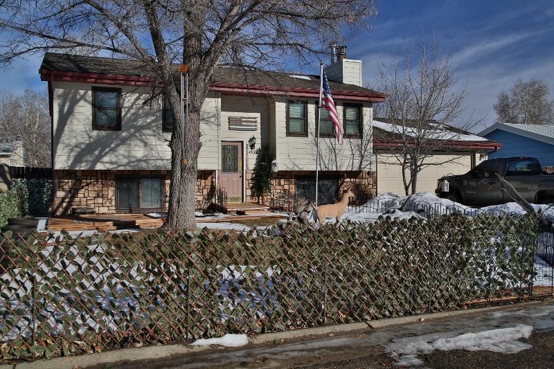 1439 N North Heights Road, Sheridan, Wyoming 82801, 4 Bedrooms Bedrooms, ,2 BathroomsBathrooms,Residential,For Sale,North Heights,19-119