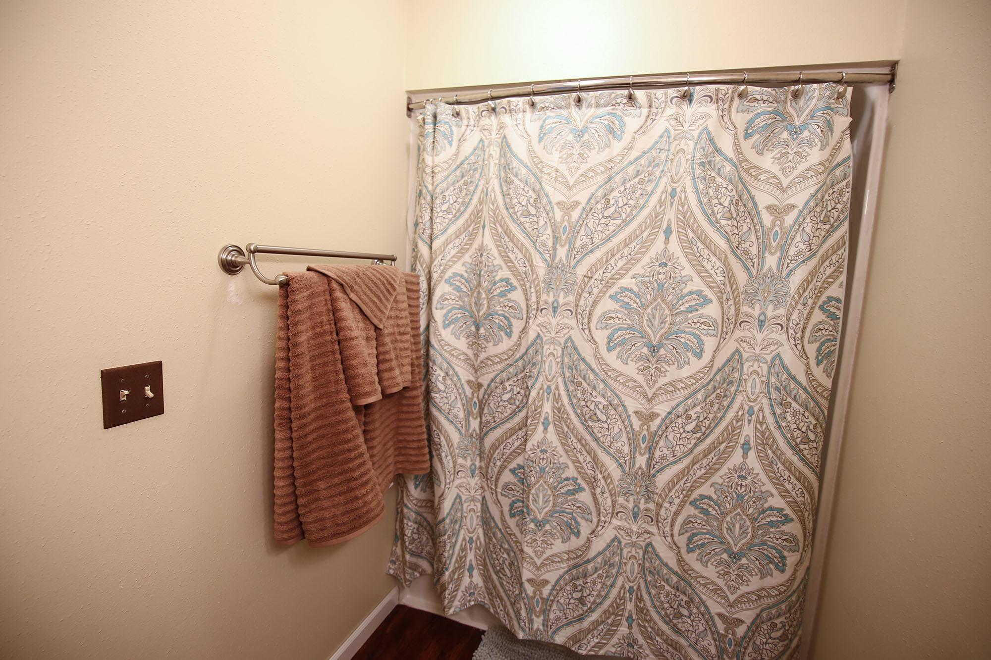 1831 Kennedy Street, Sheridan, Wyoming 82801, 6 Bedrooms Bedrooms, ,3 BathroomsBathrooms,Residential,For Sale,Kennedy,19-143